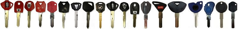 Motorbike keys with a chip lost all keys, alle motorfiets sleutels kwijt.